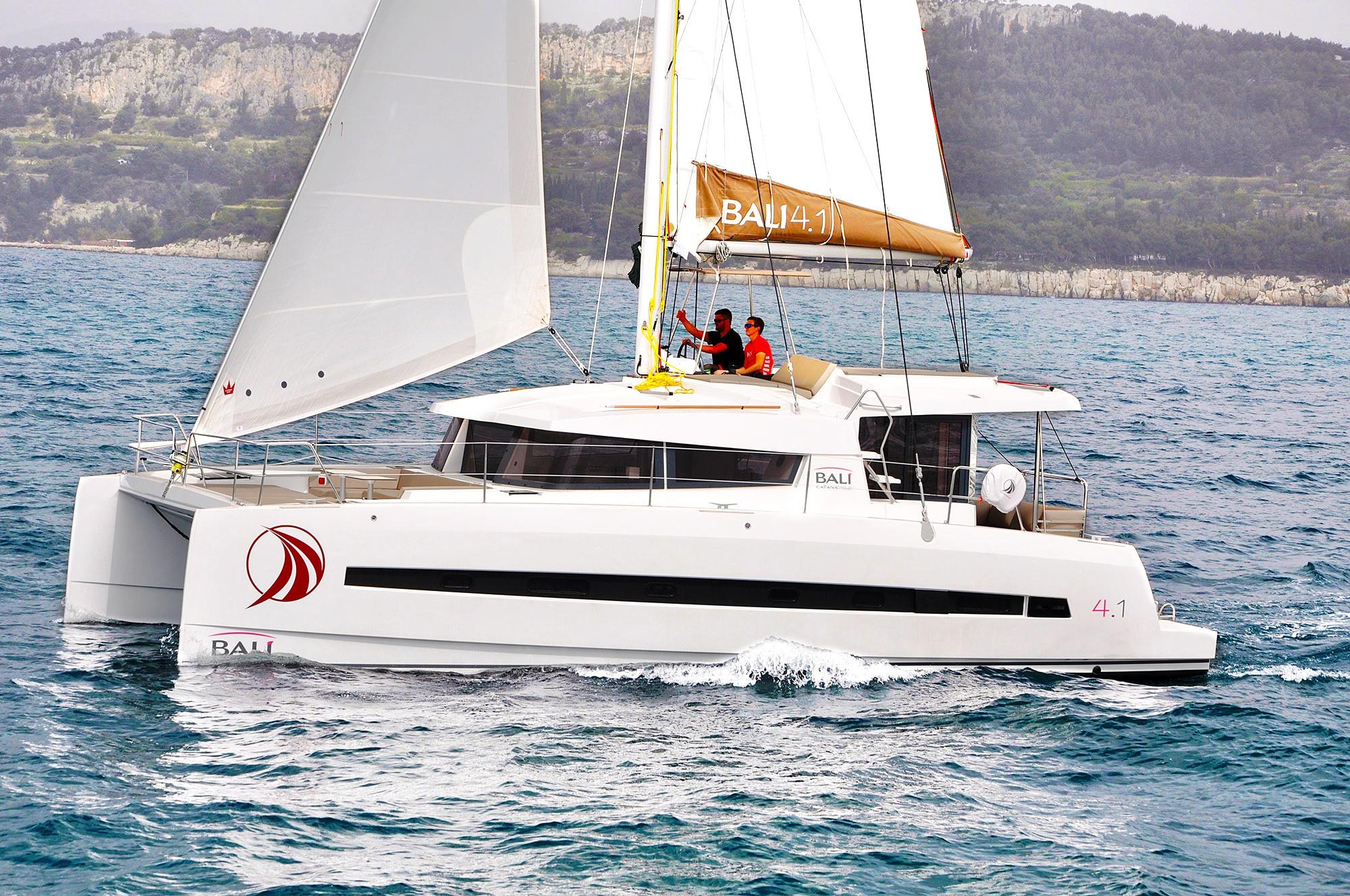 Bali 4.1 Sea Lounge | Catamaran Charter Croatia