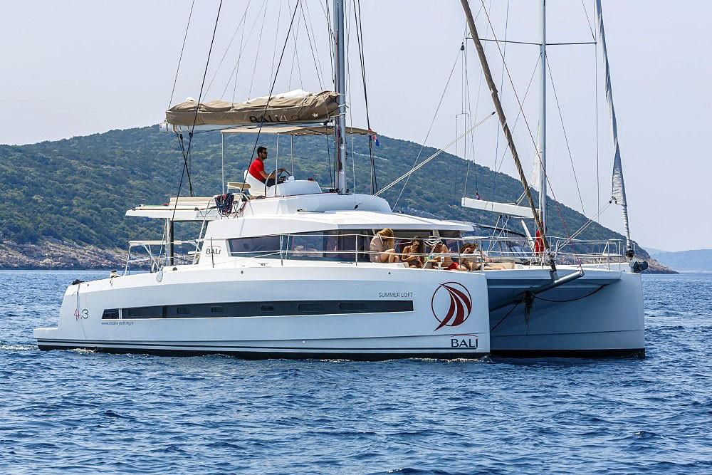 Bali 4.3, Summer Loft | Catamaran Charter Croatia