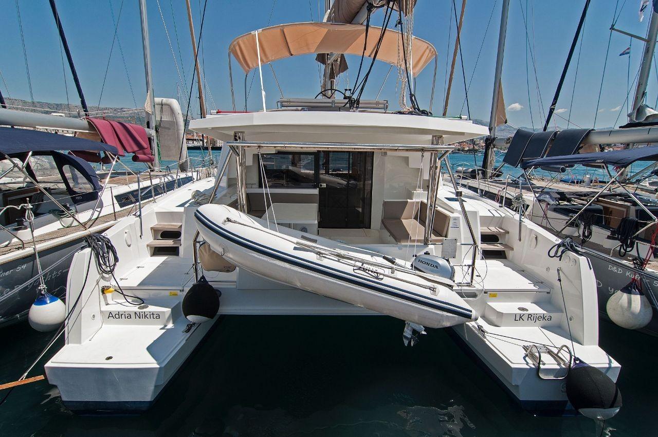 Bali 4.5, Adria Nikita | Catamaran Charter Croatia