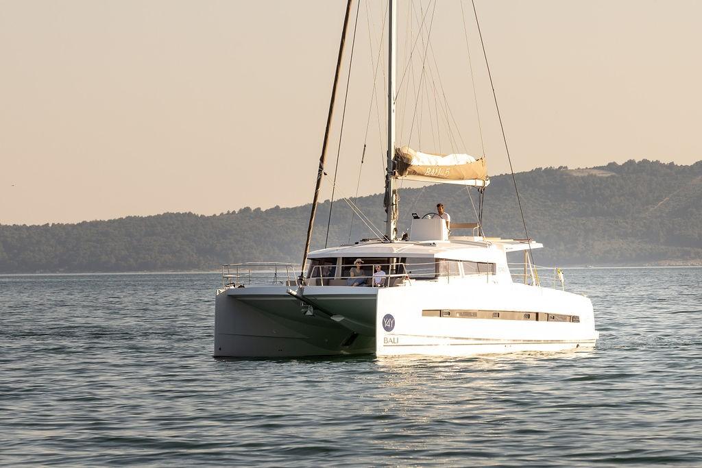 Bali 4.5 Maya | Catamaran Charter Croatia