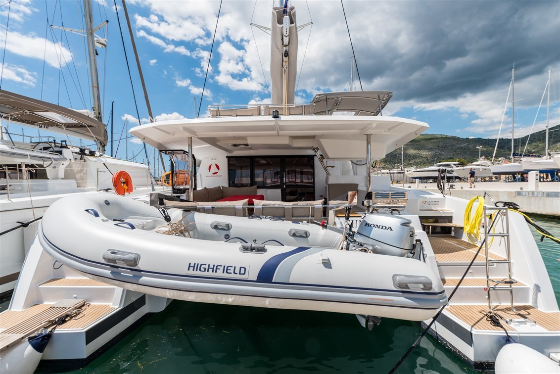 Fountaine Pajot Saona 47 (Quintet), Sunny Wave with AC and generator | Catamaran Charter Croatia