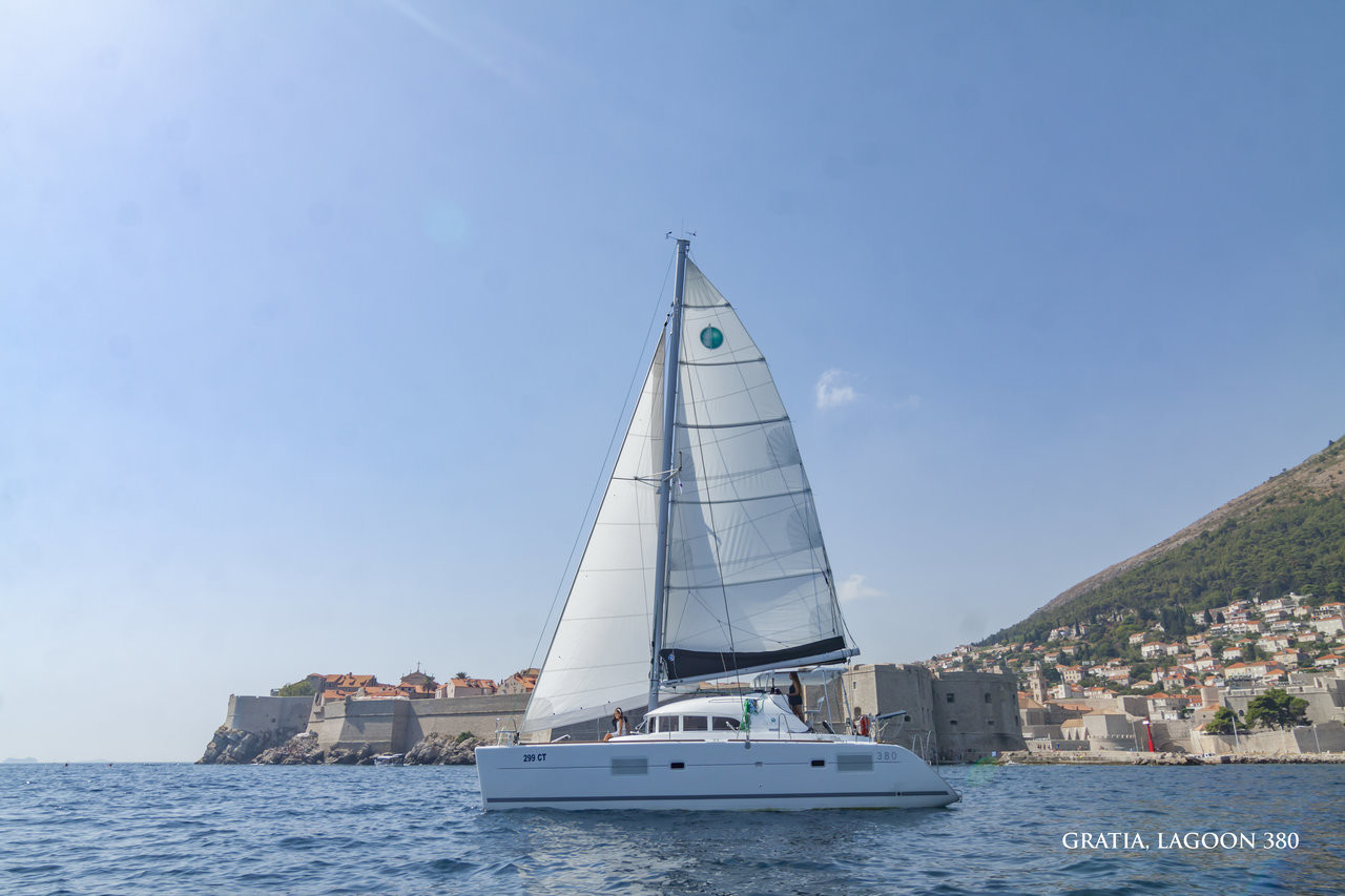 Lagoon 380, GRATIA | Catamaran Charter Croatia