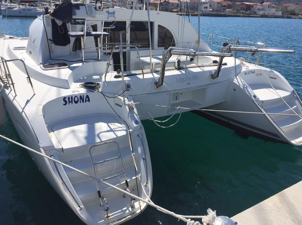 Lagoon 380, Shona | Catamaran Charter Croatia