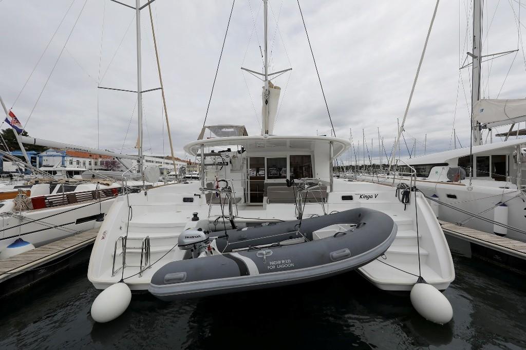 Lagoon 400 S2, KINGA V | Catamaran Charter Croatia