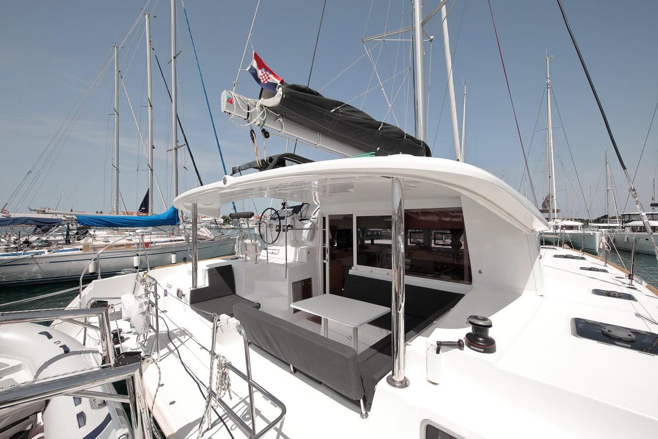 Lagoon 400 S2, SCIROCCO | Catamaran Charter Croatia