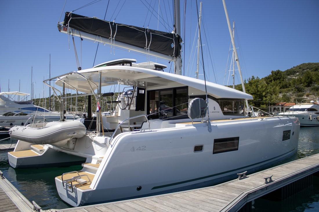 Lagoon 42, Best Q I | Catamaran Charter Croatia