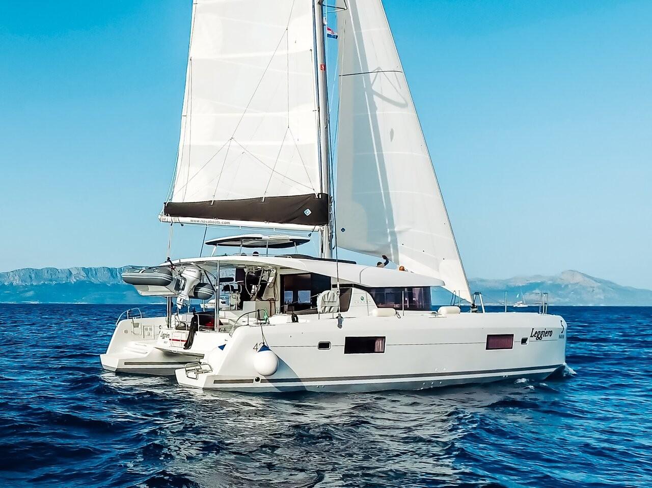 Lagoon 42 LEGGIERO | Catamaran Charter Croatia