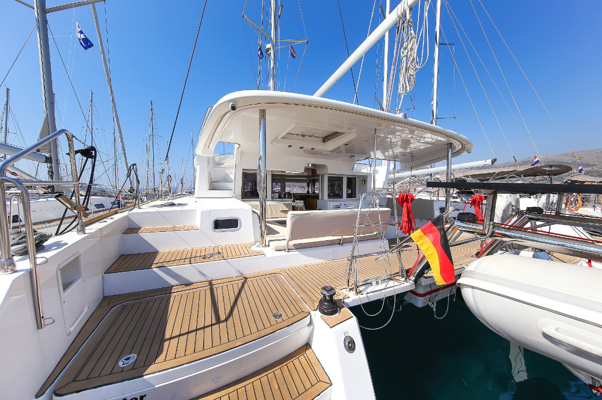 Lagoon 450 F Fenadi | Catamaran Charter Croatia