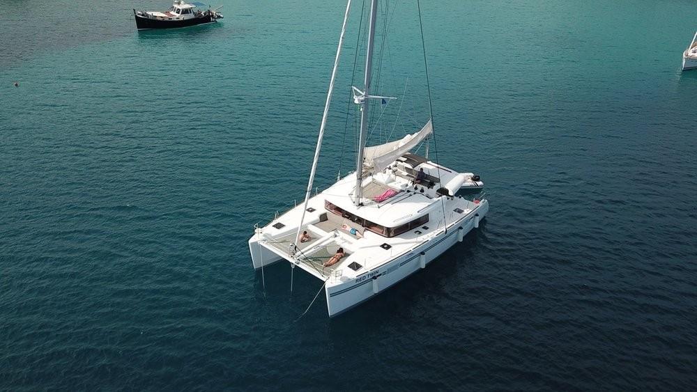 Lagoon 450 Red Twin (WEBASTO HEATING+A/C) | Katamaran Charter Kroatien