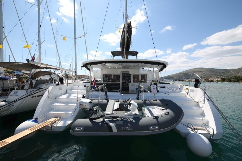 Lagoon 450, Reggae Point | Catamaran Charter Croatia