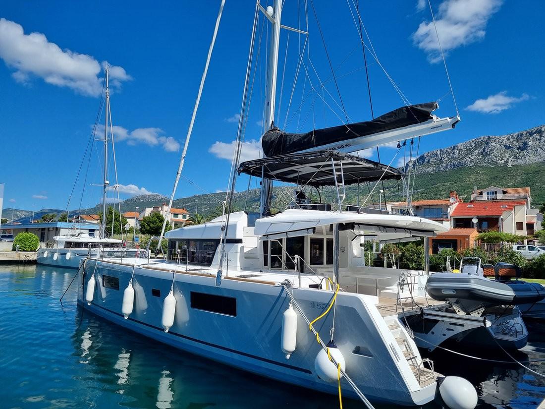 Lagoon 52 F OW, EMERALD GEMINI | Catamaran Charter Croatia