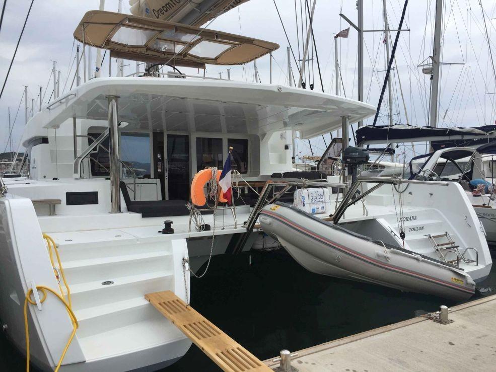 Lagoon 52 F, KORANA  | Catamaran Charter Croatia