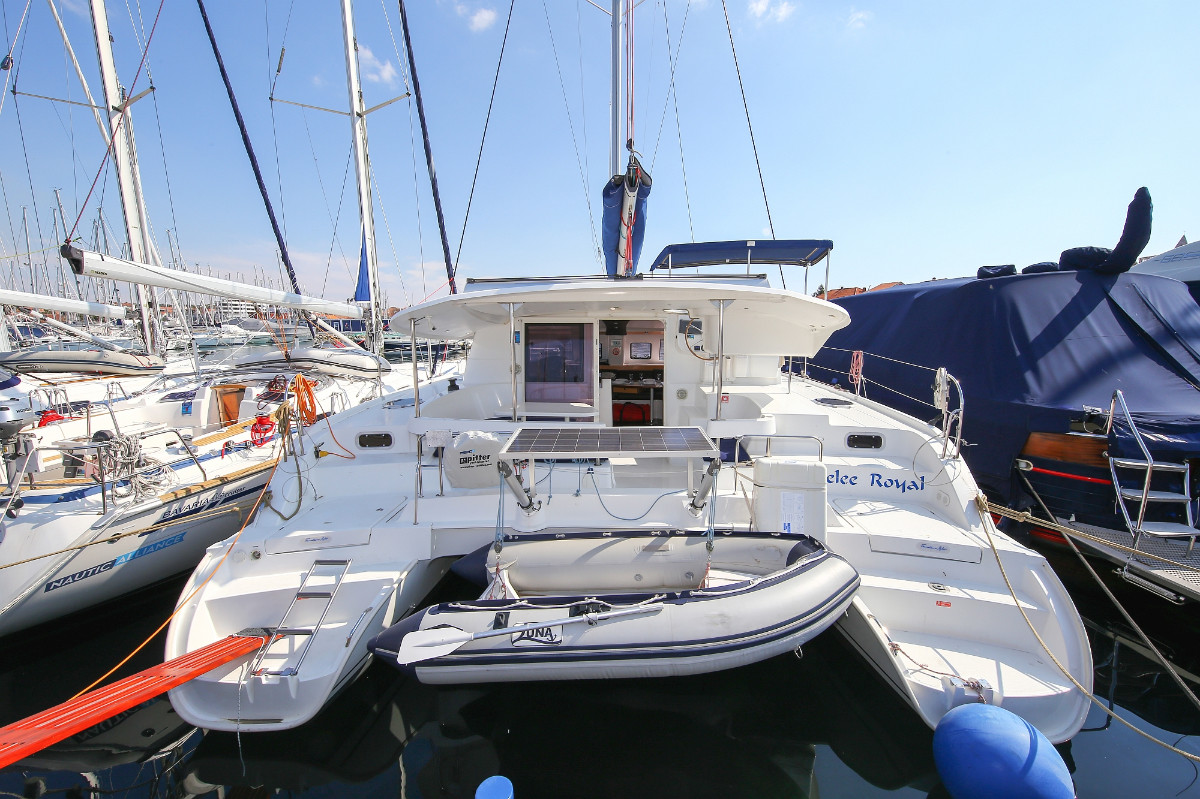 Lipari 41, Gelee Royale | Catamaran Charter Croatia