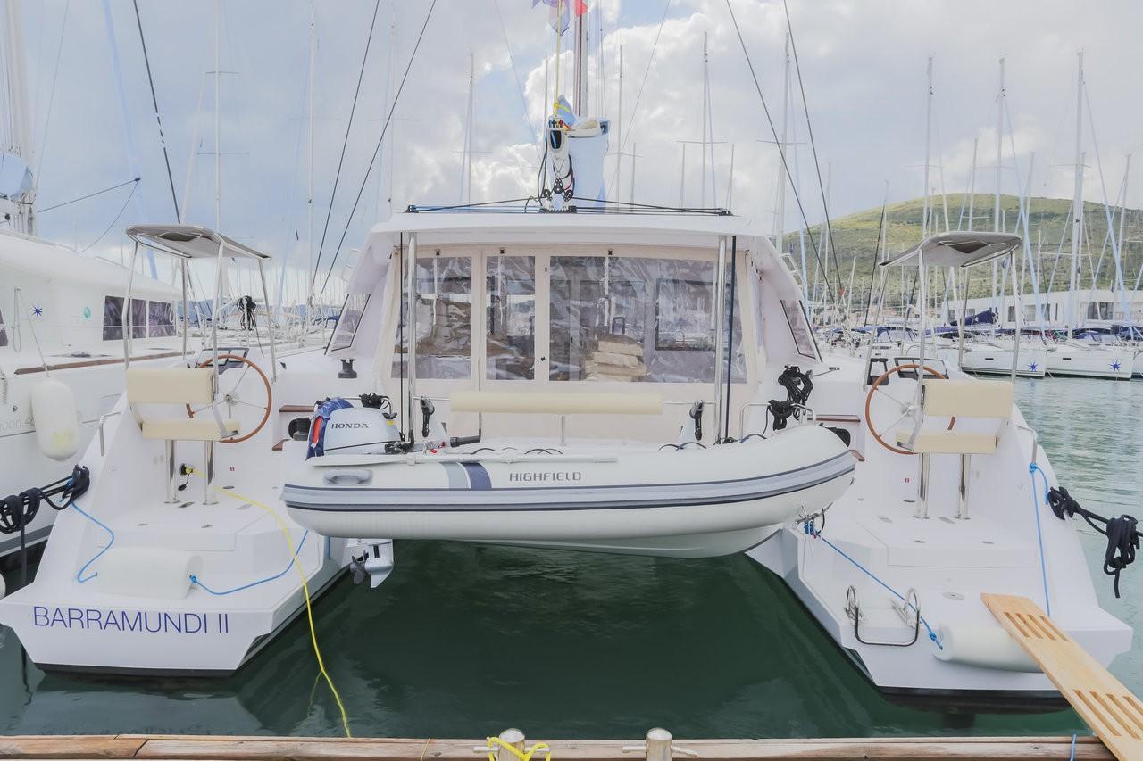 Nautitech 40 Open, BARRA MUNDI II | Catamaran Charter Croatia